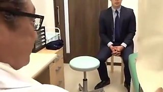 video titel: Delicious Wife undergoes treatment of the perverted doctor SEE Complete || porn tgas: asian,big tits,cuckold,doctor,