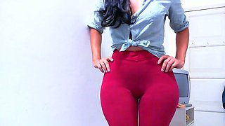 video titel: cameltoe leggings red claudiahotpants || porn tgas: cameltoe,