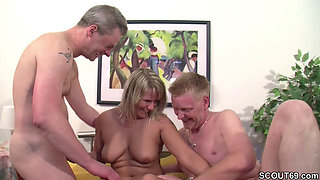 video titel: German Mom in Real Casting with Two bisexual strangers || porn tgas: 3some,big cock,big tits,bisexual,pornone_com