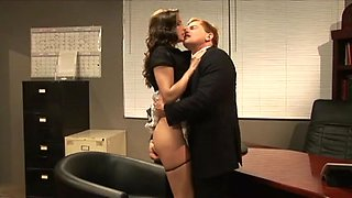 video titel: Samantha Ryan drilled by her boss    porn tgas: boss,drilling,hotmovs