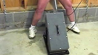 video titel: Mature with huge clit squirts while fucked by the machine || porn tgas: clit,fuck,mature,sex machine,xhamster