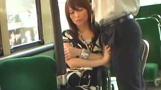 video titel: Rub Penis On Woman On Bus || porn tgas: blowjob,car,handjob,japanese,upornia