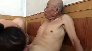 video titel: Muted chinese old man fucking grandma || porn tgas: chinese,fuck,grandma,old man,jizzbunker
