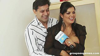 video titel: Jasmine Black and her mature girlfriends in an office orgy || porn tgas: black,ebony,girlfriend,group,anyporn