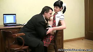 video titel: Sexy young schoolgirl screwed by her teacher || porn tgas: school girl,sexy,teacher,young,drtuber