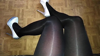 video titel: Shiny secretary pantyhose || porn tgas: pantyhose,secretary,xhamster