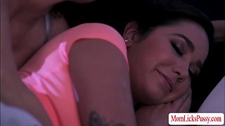 video titel: A mommy and smoking hot teen making out in a bed licking each other in the most passionate way || porn tgas: bed,lesbian,licking,milf,gotporn