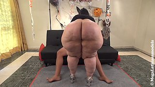 video titel: Big junk || porn tgas: bbw,big ass,blowjob,cumshots,xxxdan