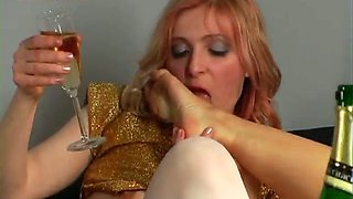 video titel: Two really attractive Russian babes getting drunk and horny || porn tgas: drunk,horny,russian,mylust