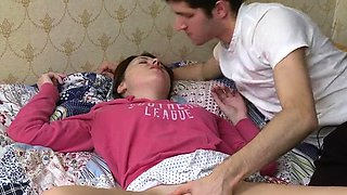 video titel: Teen is moaning as she gives stud a hard pounder riding || porn tgas: moaning,riding,teen,viptube