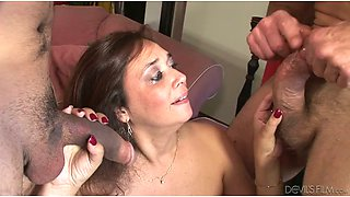 video titel: Husband and wife sharing a dick of a stranger for threesome || porn tgas: 3some,bisexual,blowjob,brunette,anysex