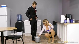 video titel: Office seduction and the deep penetration with the sexy Jessa Rhodes || porn tgas: office,penetration,seduction,sexy,bravotube