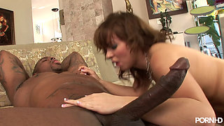 video titel: Hot White Freak Riding a Big Black Dick || porn tgas: bbc,freak,riding,white chick,