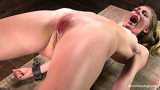 video titel: Bearded perverted dude punishes pussy of tied up blonde Mona Wales || porn tgas: bdsm,blonde,bondage,dildo,anysex