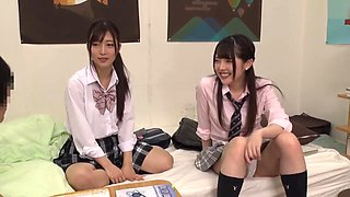 video titel: Insatiable schoolgirl brought her friends at home || porn tgas: asian,friend,group,hairy,videotxxx