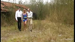 video titel: Blond bitch used outdoors || porn tgas: bitch,blonde,daughter,extreme,xhamster