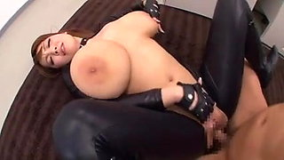 video titel: MONSTER NATURAL TITS HITOMI IN LATEX || porn tgas: latex,monster cock,natural tits,xhamster