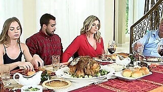 video titel: Family dinner ends with a nice round of MILF sex || porn tgas: amateur,ass,blonde,bukkake,PornoSex