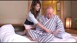 video titel: Meilleur film asiatique pour adultes, Fellation || porn tgas: asian,blowjob,japanese,old and young,upornia