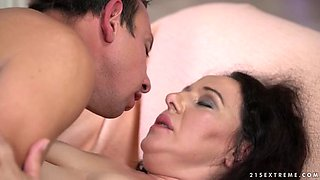 video titel: Pale chubby whore with curly long hair Lila Tuft gets mature cunt fucked    porn tgas: bbw,blowjob,brunette,chubby,yourlust