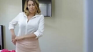 video titel: Mothers gets really messy in this porno movie here || porn tgas: 3some,big tits,blonde,blowjob,PornoSex