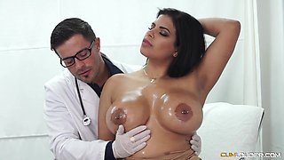 video titel: Busty Latina wife goes to the young doctor for a full check || porn tgas: big tits,blowjob,busty,cumshots,hellporno
