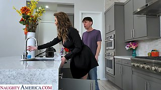 video titel: Jaw dropping single woman Emily Addison seduces young plumber || porn tgas: seduction,woman,young,anysex