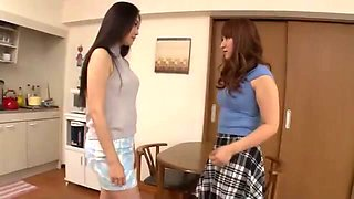 video titel: MADM THE STAY AT HOME WIVES LESBIAN CIRCLE    porn tgas: amateur,homemade,lesbian,wife,