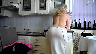 video titel: Thick black girl with big boobs and phat ass striptease || porn tgas: amateur,ass,big tits,black,pornone_com