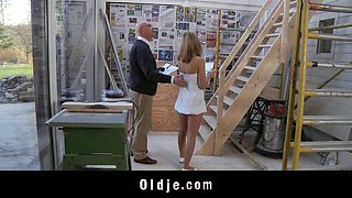 video titel: Old constructor have sex with young assistant || porn tgas: blowjob,old and young,old man,teen,xcafe