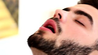 video titel: Hairy muscular dude being dicksucked by jock || porn tgas: dude,fitness,hairy,drtuber