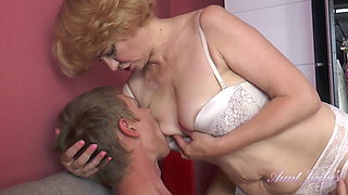 video titel: Year Old Auntie Aliona Catches Nephew Spying on her. || porn tgas: old and young,spy,xhamster