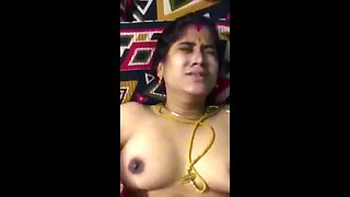video titel: Newly Married Tamil Aunty || porn tgas: asian,aunty,big tits,bride,xhamster