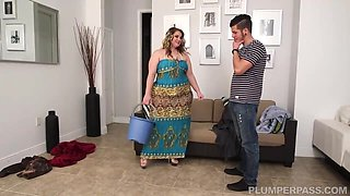 video titel: Big Ass Woman Is Cleaning Homes In Exchange For A Good Fuck And A Massive Facial Cumshot || porn tgas: ass,bbw,big ass,big tits,hotmovs