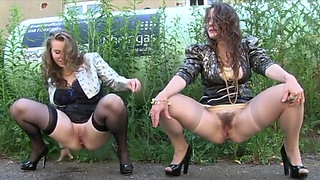 video titel: Outdoor pee fart || porn tgas: fart,outdoor,peeing,xhamster