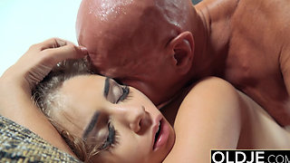 video titel: Pretty Young Girl Mouthful Of Cum Anal Sex With Grandpa || porn tgas: anal,ass,babe,big cock,pornone_com