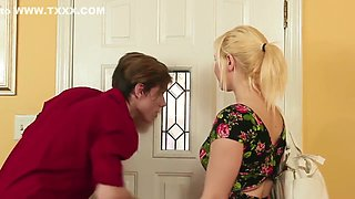 video titel: Brother fucks letdown StepSister || porn tgas: blonde,blowjob,brother,cumshots,
