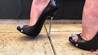 video titel: Sexy Feet Tease And Walking In High Heels Showing Blue Toes || porn tgas: bdsm,european,femdom,foot,xhamster