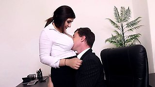 video titel: BUMS BUERO Office fuck with busty German secretary || porn tgas: big tits,blowjob,brunette,busty,iceporn